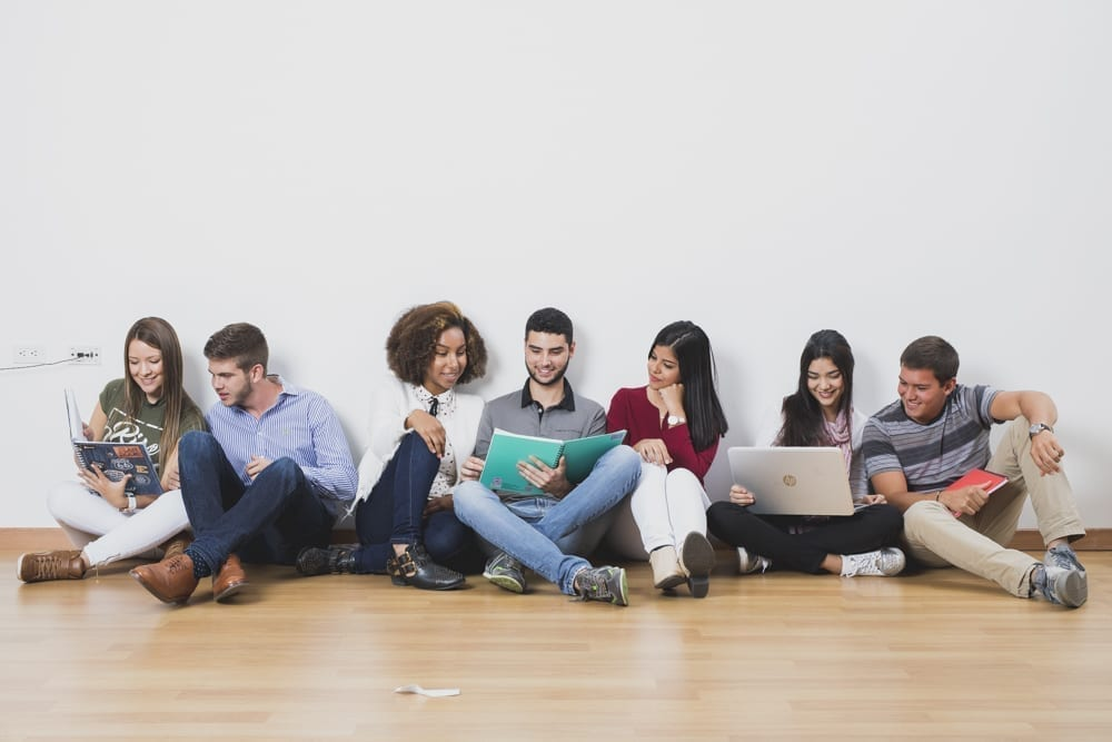 Estudiantes podrán inscribirse para dar o recibir mentorías